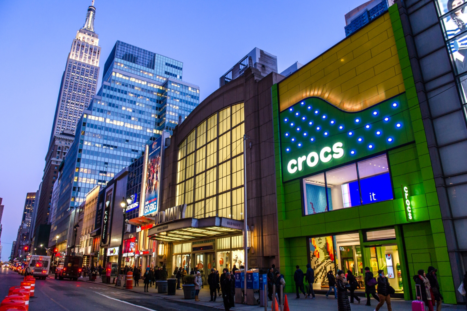 Visit your local Sprint at W 34th St in New York, NY to shop for cell phones & wireless calling plans to find great deals on unlimited data plans for the whole comfoisinsi.tkon: W 34th St, New York, , NY.